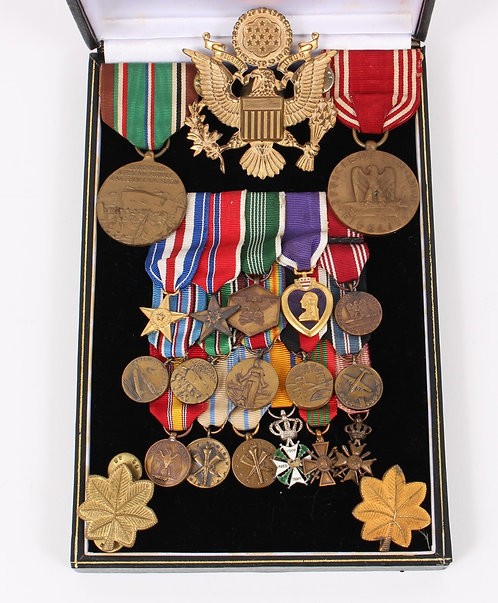 WWII US Army Officer Airborne or Armored Corps medal grouping