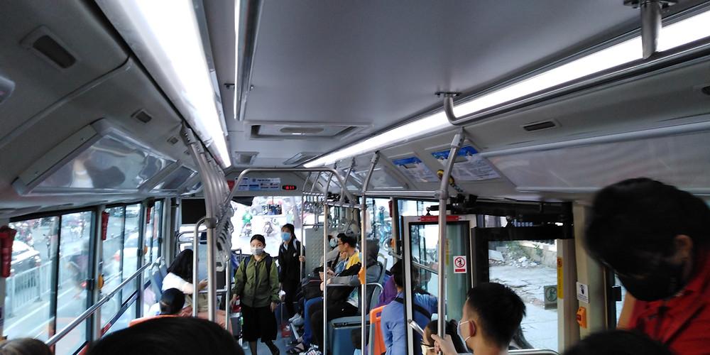 快適な車内(19番バス)
