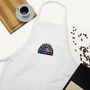 embroidered-apron-white-zoomed-in-2-60a1
