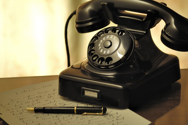 Dial-Nostalgia-Nostalgic-Arrangement-Old-Phone-499991