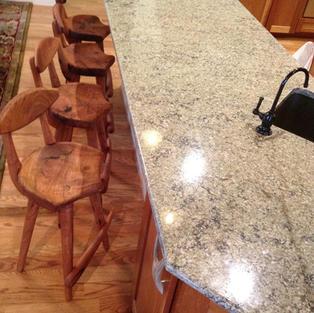 stool1.jpg
