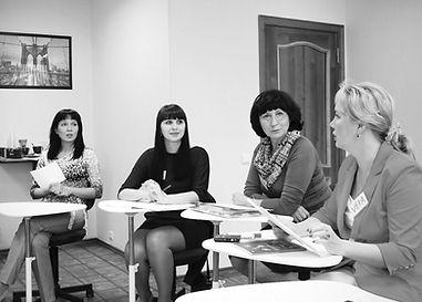 Корпоративное обучение английскому языку в студии HelloYellow
