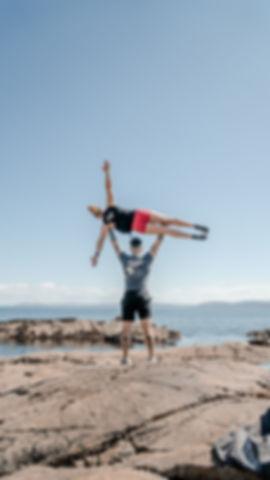 WILD WAY CrossFit_BeachOHPress3 _PhotoCr