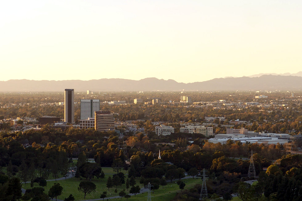 Burbank_media_district_from_Griffith_Par