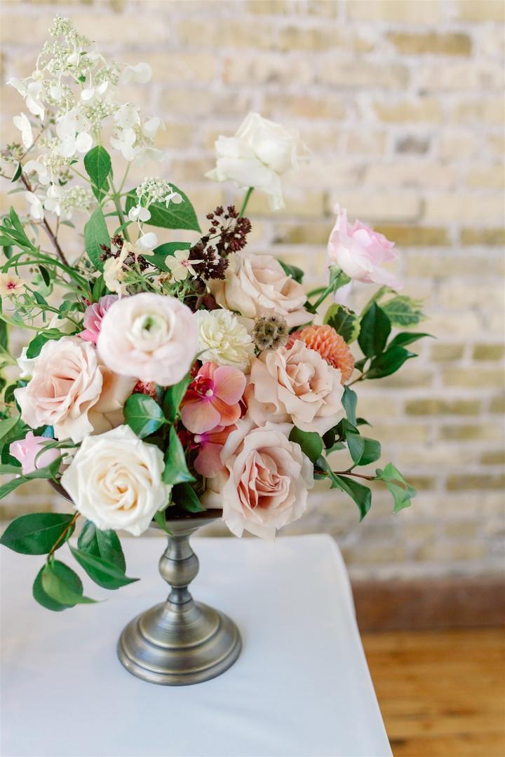 Wedding floral centerpiece