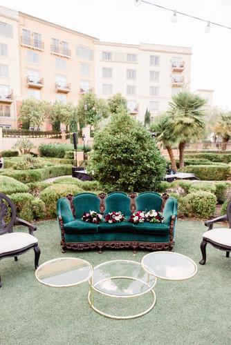 Vintage lounge furniture at wedding