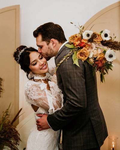 Couple at fall wedding in Chicago Illinois
