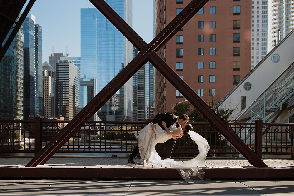 Wedding photos on the Chicago River