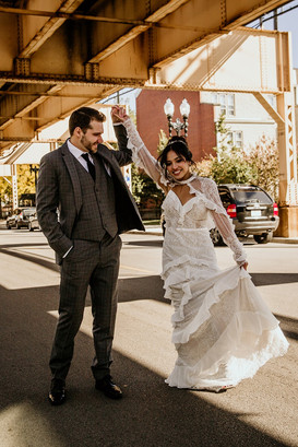 Married couple in streets of Chicago