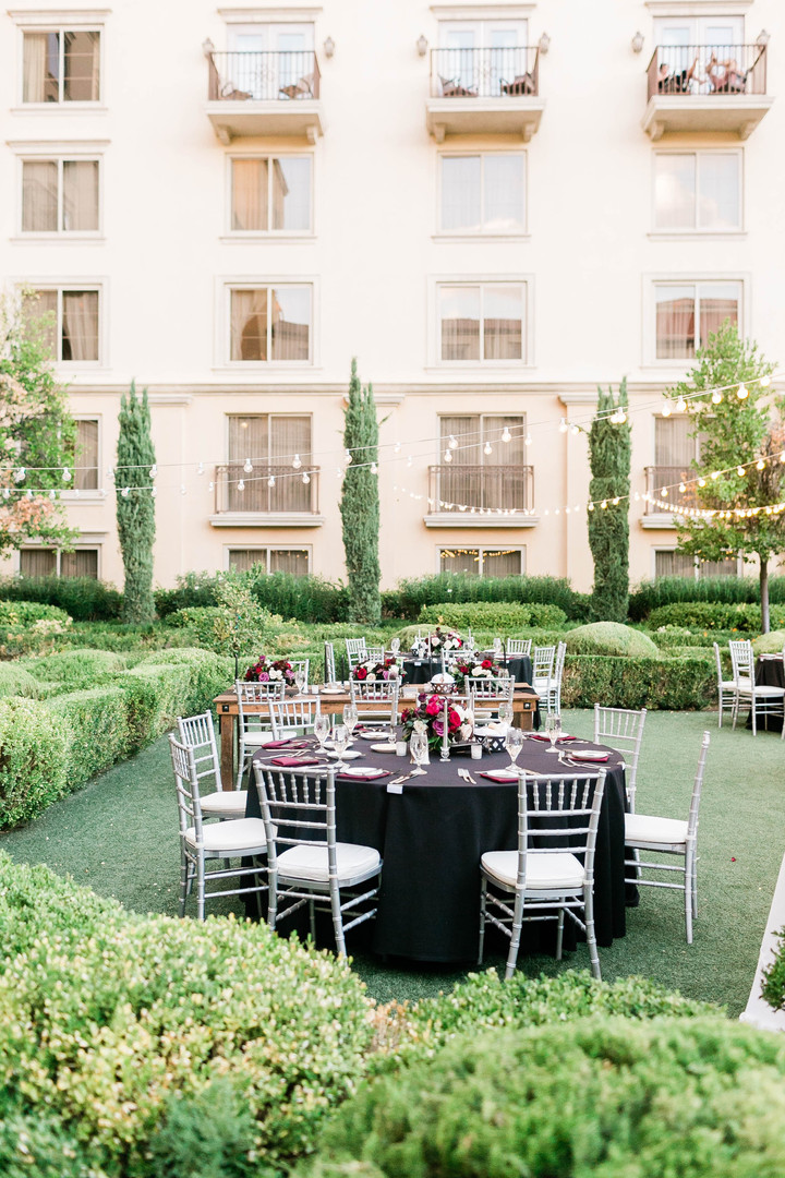 Round banquet tables with black linen