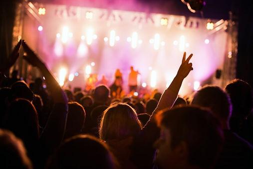 personas-festival_1160-736.jpg