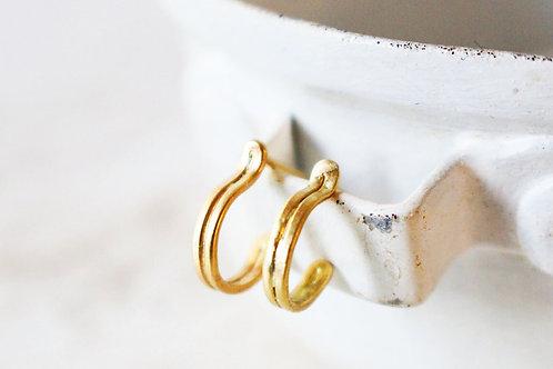 14k Gold handmade Loop Earrings