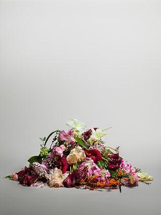 Jessica Nap Photography Fine Art Stilllife Set Design Creative flowers studio photography
