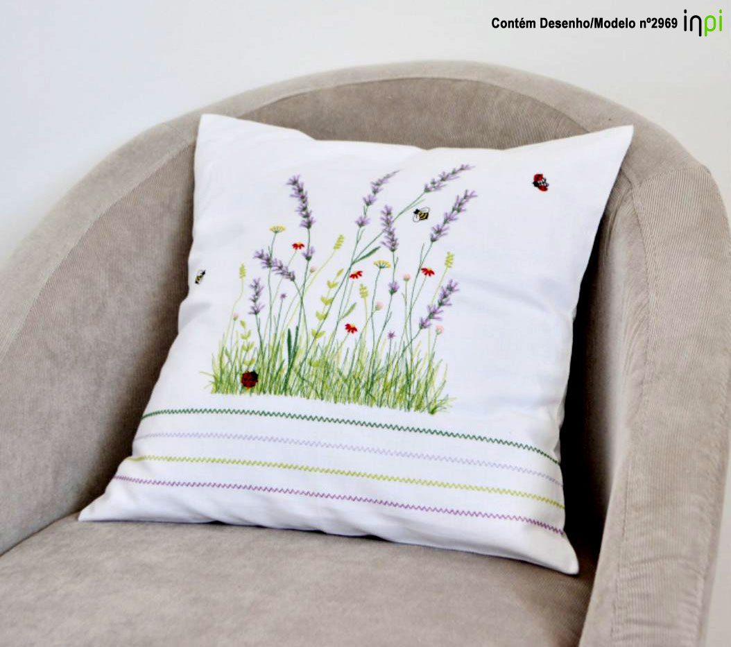 ADG - Decorative pillow
