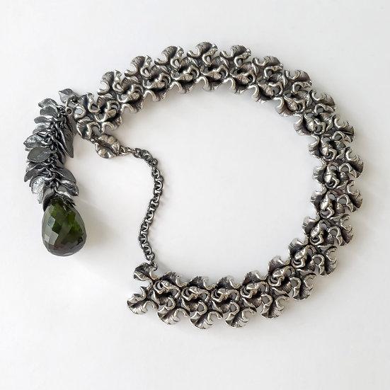 tulip stigma link bracelet