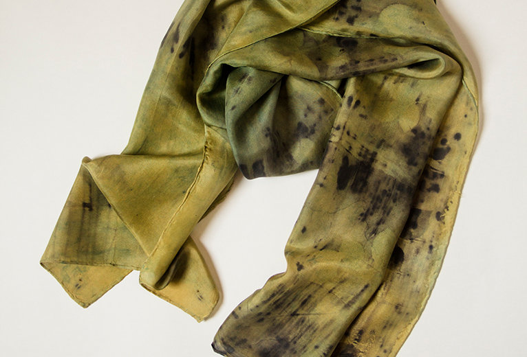 Silk scarf - Olive and black