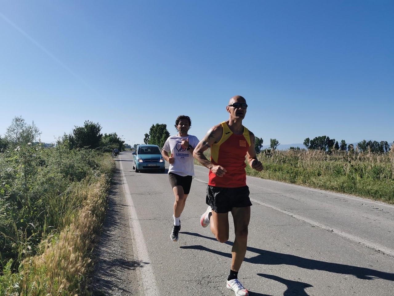Јакимовски го победи личниот рекорд, истрча Битола - Меџитлија за 2 часа и 47 минути