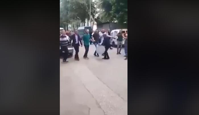 (Видео) По орото во Гевгелија оро и во Чаир за полициски час