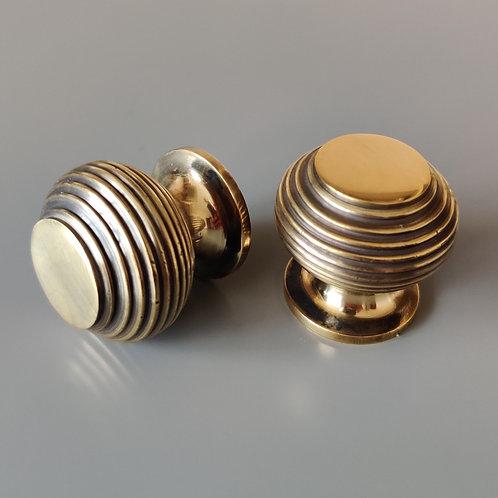 art. 101 knob 32 mm состаренная латунь