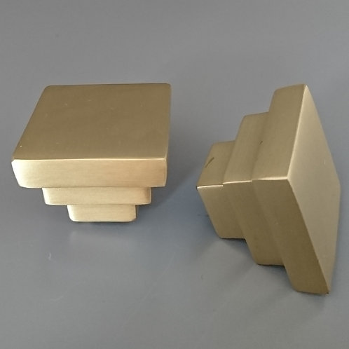 art. 145 - 32x32 mm матовая латунь