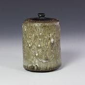 Lidded Jars & Tea Caddies