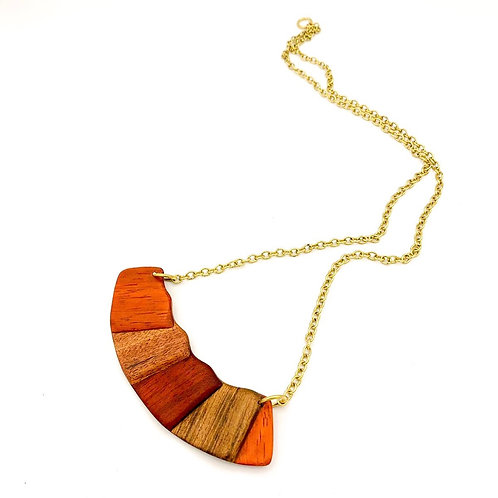 SinniS wood and brass necklace