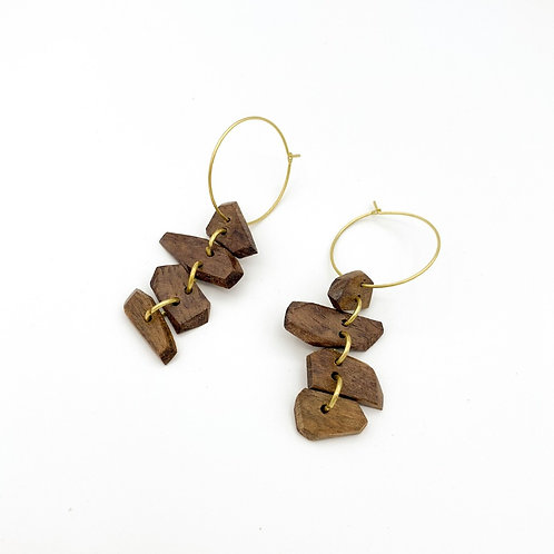 SinniS wood and brass earrings