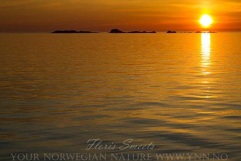 Midnight sun reflection 3