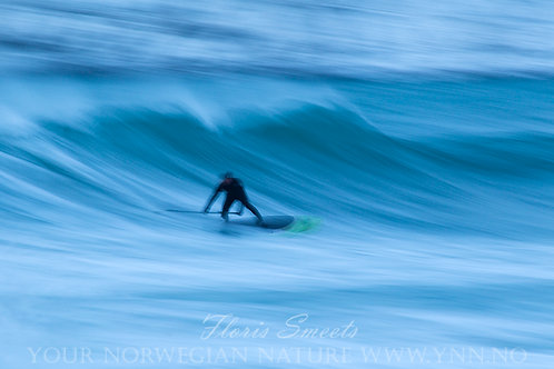 Surfer at Flakstad beach 2