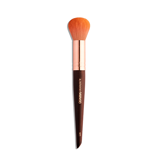 M05 BLUSH AND CONTOUR BRUSH