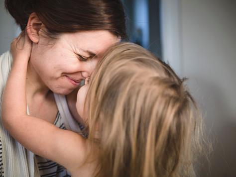 Ergen Annesi Olmak ve Ona HIV Pozitif Olduğunu Söylemek