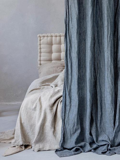 blå denim stonewashed gardiner av lin