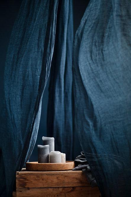 blaa gardiner av lin