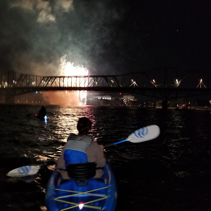 Ottawakayakpaddlefireworks.jpg