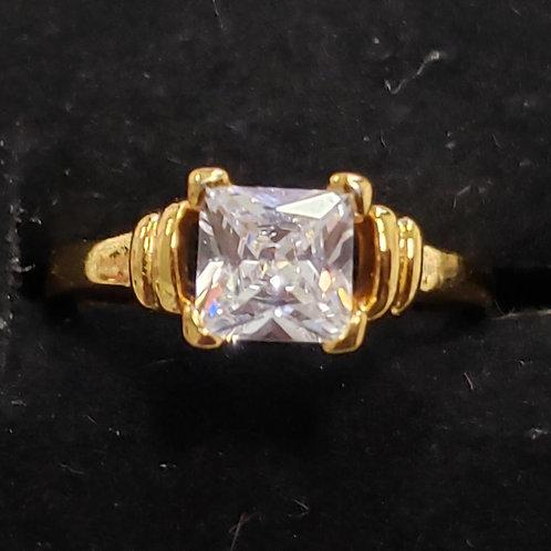 24k Gold Filled Crystal Ring - size 6
