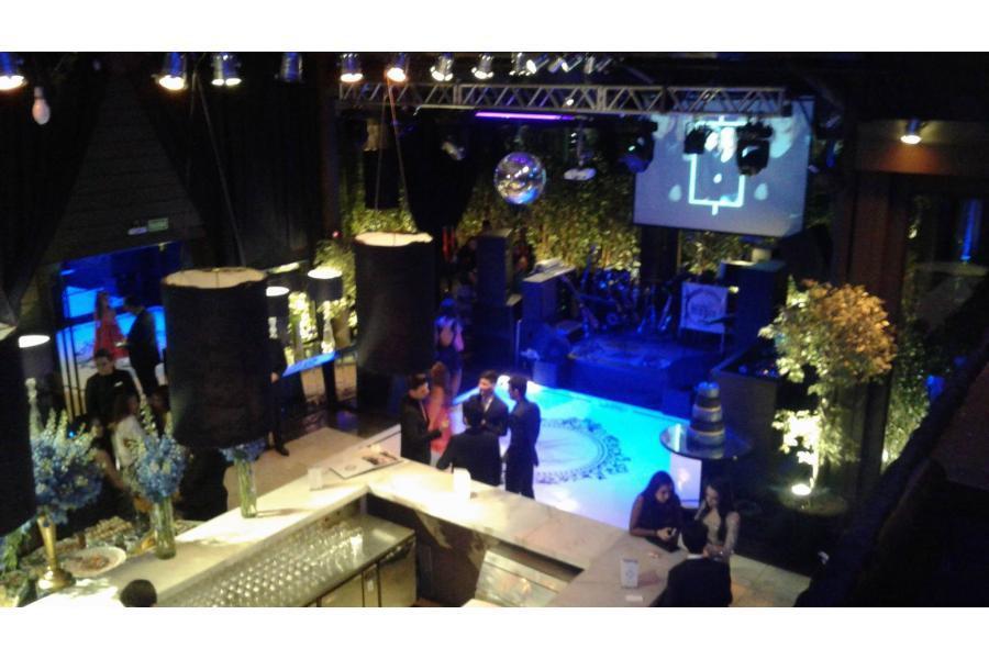 Salão de festa no Taboo Eventos. Equipamento e animação da Banda Magia Curitiba
