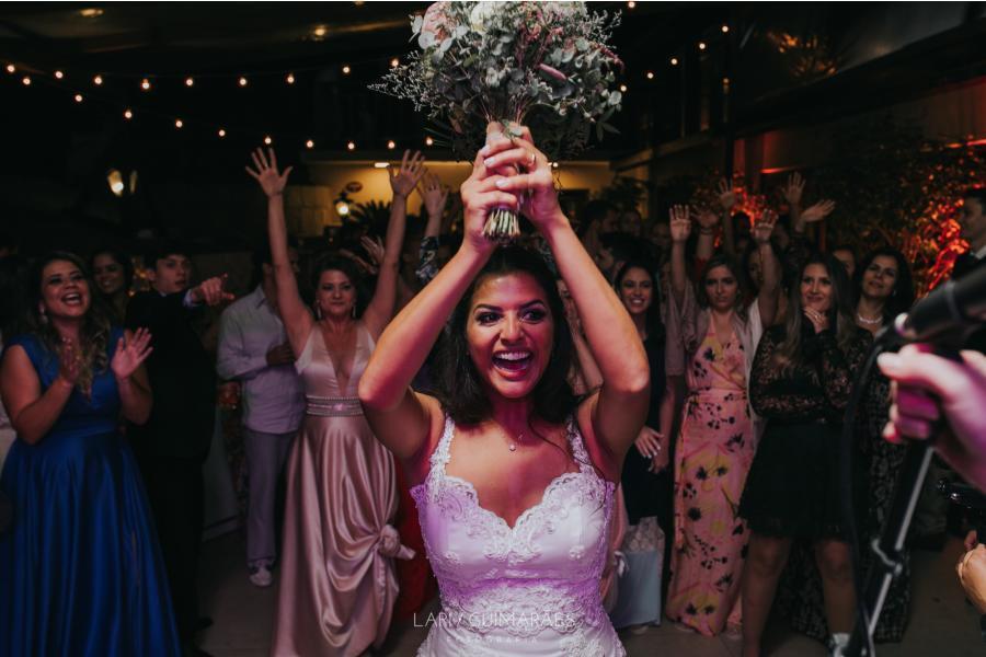 Casamento, momento do bouquet.