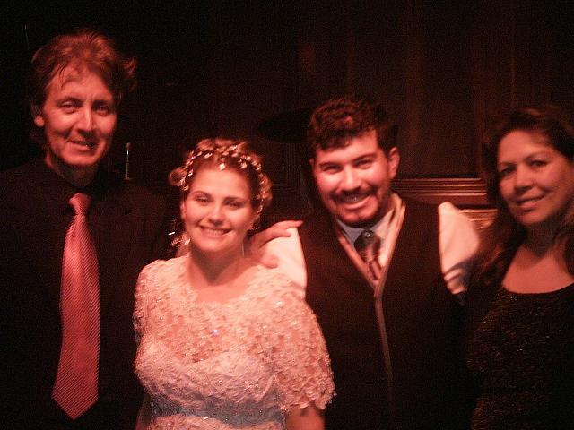 Banda Magia com os noivos
