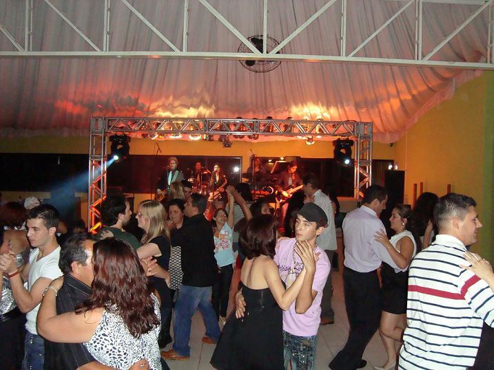 Confraternização e Baile com Banda