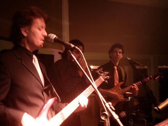 Músicos para festas de casamento