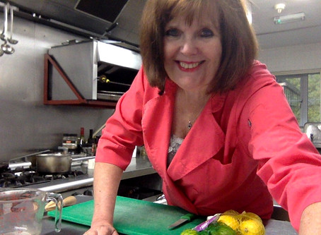Sue's Dolbrodmaeth Kitchen Lesson,s  & Utube Cooking Channel