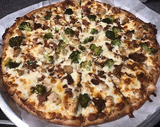 alfredo pizza.jpg