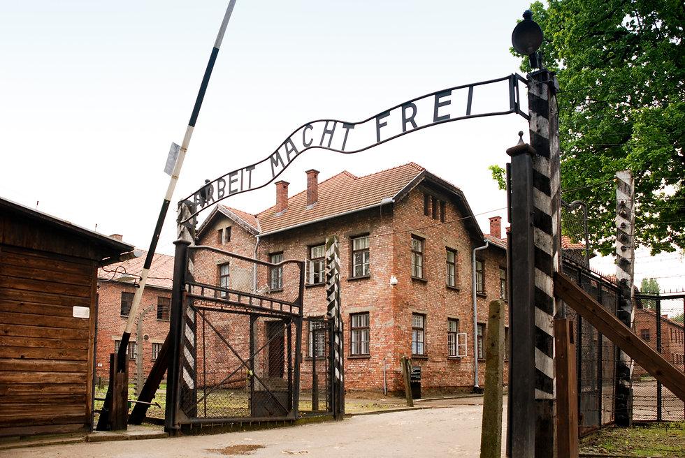 Auschwitz_I_(22_May_2010).jpg
