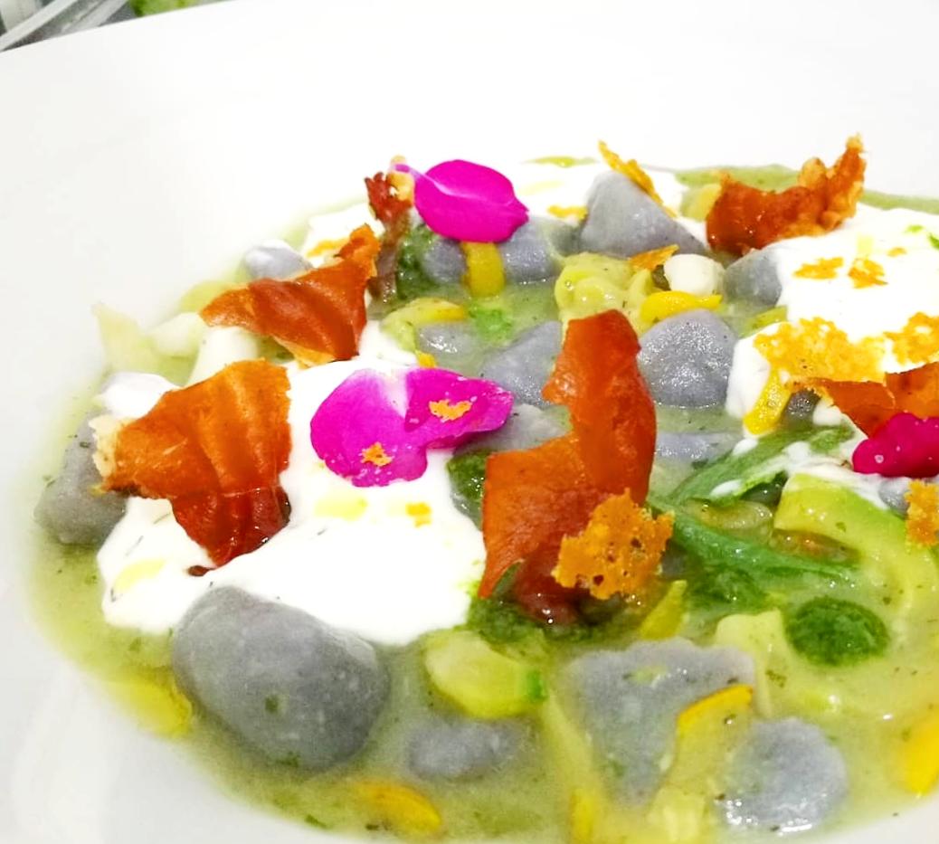 Gnocchi viola - Zucchine - Burrata - Speck croccante