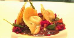 Tortello al salame boudin - Cervo in salmì - Salvia fritta