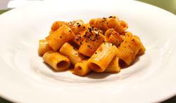 Mezze maniche - Ristretto di crostacei - Peperoncino ancho