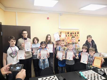 Третье место среди детей по шашкам!