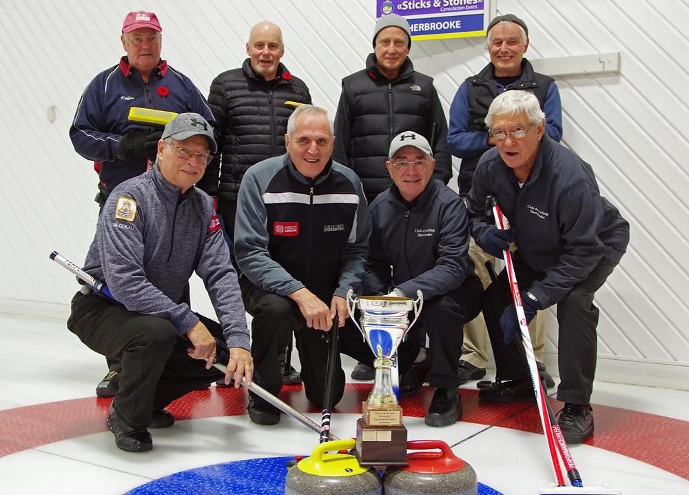 Pierre Corbeil receives Curling Québec 2018 Méritas Finalist certificate