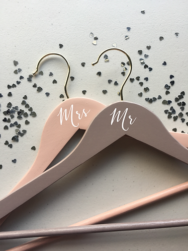 Mr and Mrs, Set of 2, Wooden Hangers