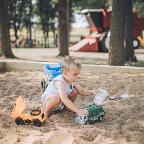 Giant Sandbox